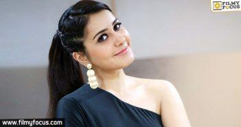 Actress Raashi Khanna, Raashi Khanna