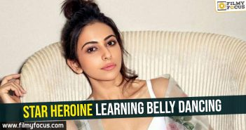 star-heroine-learning-belly-dancing