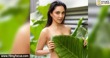 Kiara Advani rocks the Internet with her topless photo