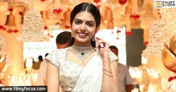 Shivani Rajasekhar silently completes her debut film
