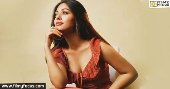 Pawan Kalyan's heroine is back to Tollywood