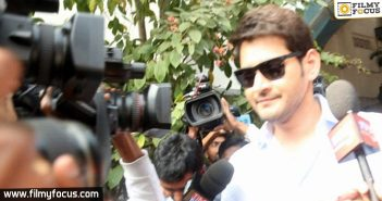 Mahesh thanks Sanitation workers for their selflessness