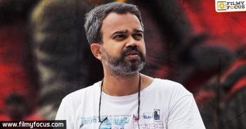Kgf Director Gets An Interesting Tribute