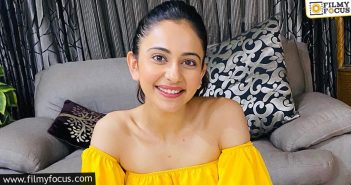 Rakul's Insta Family Grows 15 Million Stronger