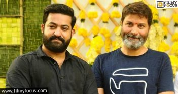 Trivikram Looking For Young Bollywood Actress Opposite Ntr