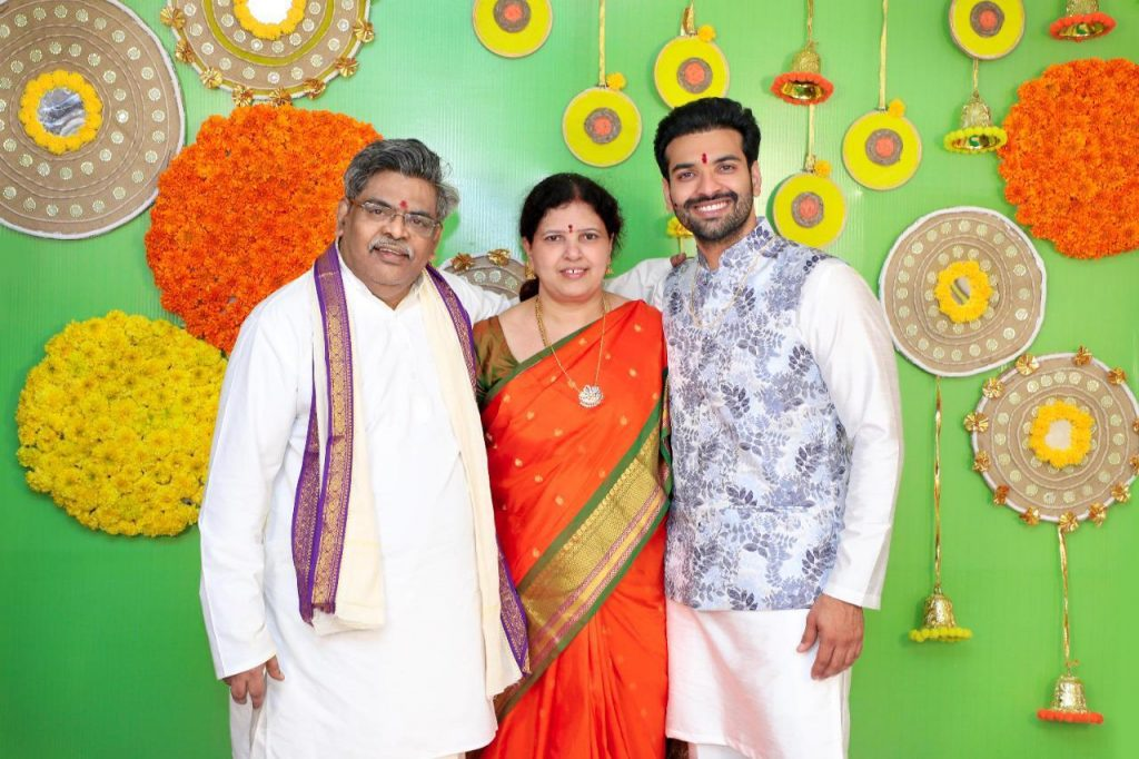 Actor Raja Chembolu Ties The Knot With Himabindu Lakshmi (4)