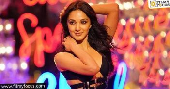 Is Kiara Advani Purposefully Rejecting Telugu Films