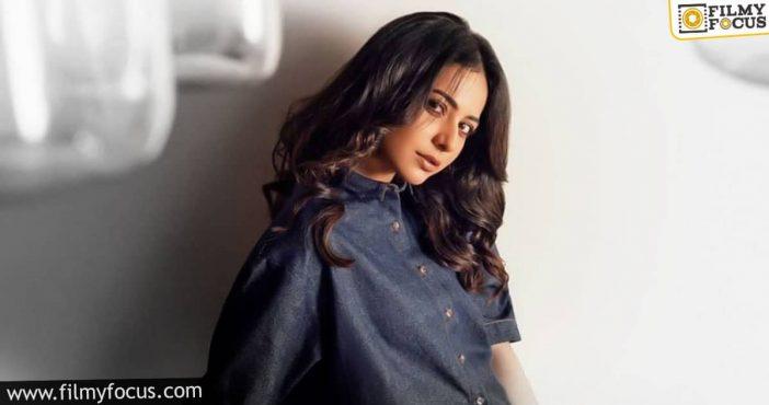 Rakul Preet Joins Ayyushman For Script Reading Sessions