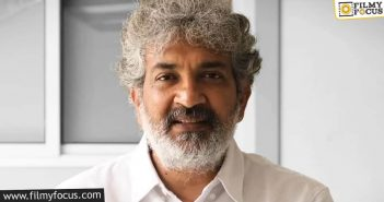 rajamouli following in the footsteps of prabhas